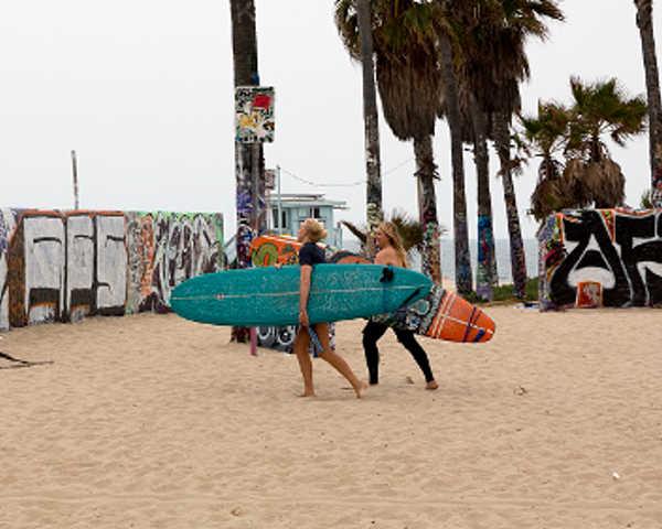 affordable car rental venice beach surfers rentavaluecar.com