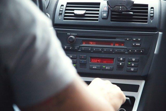 save money on car rental satellite radio